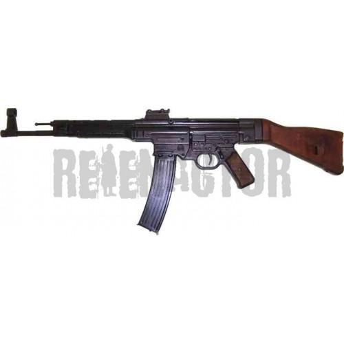 Německá útočná puška StG44 - Sturmgewehr 44