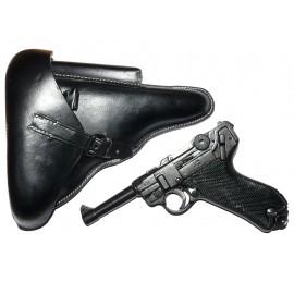 Německá armádní pistole Parabellum Luger P08 s pouzdrem