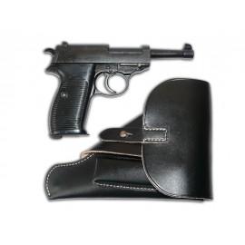Německá armádní pistole Walther P38 s odlehčeným pouzdrem