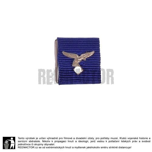 Stužka na lištu - vyznamenání za dlouholetou službu u Luftwaffe - 4 roky